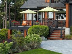 Residence deck cable railings