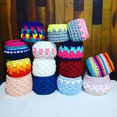 Meus mimos de Natal❤ #RachelCorujinha #feitoamao #handmade #crochê #crochet  #fiodemalha #fioecologico #fioreciclado #trapilho #trapillo #euquefiz #ideias #totora #crochetlove  #crochetaddict #alfombra #crochetart  #crochetlife #lovecrochet  #bolsademao  #bolsadecroche #crochetbag #ganchillo #ganchilloxxl #tejer  #trapilloadiction #ganchillocreativo