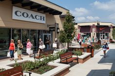 About St. Louis Premium Outlets® - A Shopping Center In Chesterfield, MO - A Simon Property Outlet Village, Premium Outlets, Shopping Malls, Real Estate News, Retail Shop, Shopping Center, Chesterfield, The Expanse, Mall