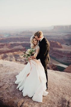 You Need to See the Jaw-Dropping Beauty in These Dead Horse Point Wedding Portraits