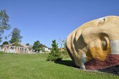 """""""Der schlafende Dichter"""". Im Hintergrund die """"kleine Kapelle"""". Beides befindet sich im Skulpturen-Erlebnispark des Kunstmuseum Waldviertel, in Schrems. Elephant, Animals, Art Museum, Poet, Woodland Forest, Sculptures, Animales, Animaux, Elephants"""