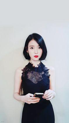 lilly capture Iu Fashion, Korean Fashion, Fashion Looks, Beautiful Japanese Girl, Beautiful Asian Women, Korean Actresses, Korean Actors, Sexy Asian Girls, Korean Women