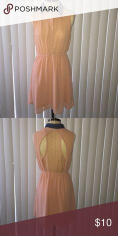 Beige Sheer Dress Simply put a beige sheer dress that would look good on anyone! It had a blue collar and it's eye catching especially the back with the crotchet design. Forever 21 Dresses Midi