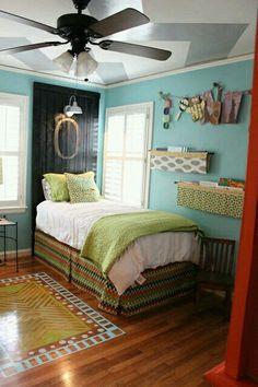 Color,canape,estantes y cabecero.