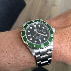 The Hulk! The Lean mean wrist machine! Colour of it is just rightPhoto by @plexidd #rolex #submariner #hulk #green #wristshot #dailywatch #watchoftheday #watchgeek #luxurywatch #wristwatch #watchesofinstagram #wotd #watchporn #instadaily #instagood #watchaddict #watch #watches #instawatch #photooftheday by watch_lad.corp #rolex #submariner