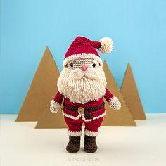 Ravelry: Festive Amigurumi Santa doll pattern by Ilaria Caliri (aka airali) Crochet Santa, Crochet Amigurumi, Amigurumi Doll, Amigurumi Patterns, Crochet Patterns, Holiday Crochet, Crochet Ideas, Bear Patterns, Design Patterns