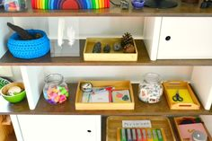 What's on our shelves (4 years old), howwemontessori.com