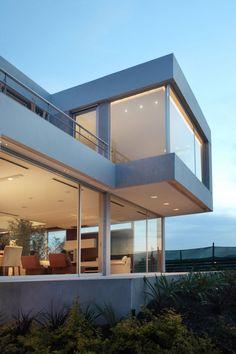 Casa Del Cabo by Andres Remy Arquitectos |