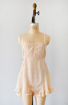 vintage 1930s pale peach flared teddy lingerie [Salonnière Silk Teddy] - $68.00 : ADORED | VINTAGE, Vintage Clothing Online Store