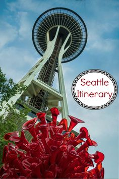 A complete weekend itinerary to visit Seattle Washington in the Northwest USA. Photo includes the Space Needle and Chihuly Garden and Glass. Cool Places To Visit, Places To Travel, Travel Destinations, Places To Go, Seattle Vacation, Seattle Travel, Seattle Sightseeing, Visiting Seattle, Seattle Weekend