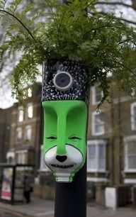 recycle garden   totem pole ideas