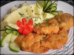 Kuřecí řízek marinovaný v zakysané smetaně | NejRecept.cz No Salt Recipes, Cooking Recipes, Czech Recipes, Hungarian Recipes, Meat Chickens, Poultry, Appetizers, Food And Drink, Low Carb