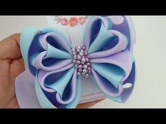 LAÇO 5 CORAÇÕES ❤️🎀 - YouTube Ribbon Art, Ribbon Hair Bows, Diy Hair Bows, Diy Bow, Ribbon Rose, Ribbon Flower Tutorial, Hair Bow Tutorial, Felt Flowers, Fabric Flowers