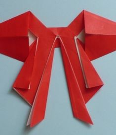 Let's create: Paper Bow Tutorial Origami Paper Folding, Origami Easy, Diy Fan, Bow Tutorial, Christmas Fun, Christmas Decorations, Holiday, Art Studios, Let's Create