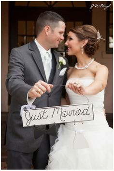 Just married sign - Houston wedding photographer - JW Baugh Photography