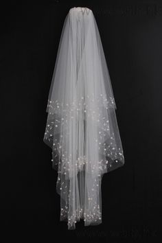 Spectacular 2-tier Elbow Wedding Veils With Beading Edge  Elbow Veils, Two-tier, With Plastic Comb, Angel Cut/Waterfall, Raw Edge, Ivory, Tulle,   US$33.98
