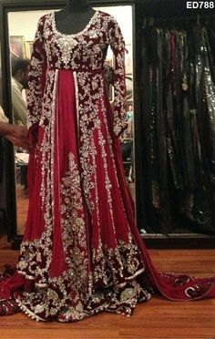 Enchanting Design Anarkali Lehenga Dynamic Designer Heavy Embroidery Anarkali Lehenga
