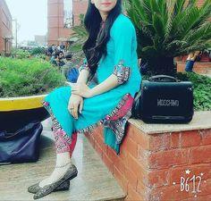 Beautiful Pakistani Dresses, Pakistani Dresses Casual, Beautiful Dresses, Stylish Girl Images, Stylish Girl Pic, Cute Girl Pic, Cute Girls, Girly Pictures, Girly Pics