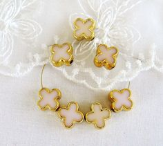 CCB Spacer Beads Gold Plated Glitter Ivory Clover Double by vess65, $3.50