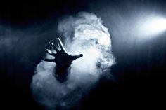 Ghost, main, fumée, lumières, effrayant, horreur, peur, fantômes, main, fumée, lumières, spooky, horreur, peur Wallpaper