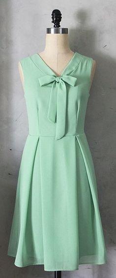 11e17ec37a99 28c365accbf2a497b895ee2facdb1cca.jpg 279×669 pixels Mint Green Dress,  Vintage Inspired Dresses, Vintage