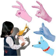 Shadow Puppet Cut-Outs Activity par Roylco.  Montre comment placer les mains pour former des animaux.