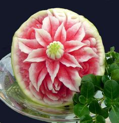 Watermelon Carving Easy, Tropical Fruits, Fruit Art, Sweet Life, Projects To Try, Chocolate, Fruit Carvings, Foods, Ideas