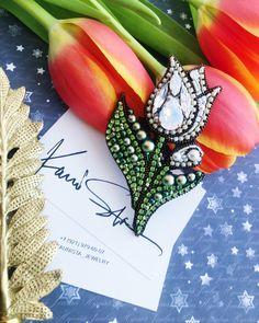 225 отметок «Нравится», 1 комментариев — @kaunista_jewelry в Instagram: «♥️ПРОДАН♥️Тюльпанчик **** Материалы: кристаллы и жемчуг - Swarovski, корейская стразовая лента,…»