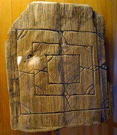 Novgorod Wooden Artifacts