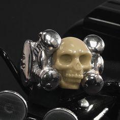 #mammoth #elfenbein #bikerring #biker #lifestylejewelrytips #limitededition Show Case, Jewelry, Biker Rings, Ivory, Pocket Watch, Jewlery, Jewerly, Schmuck, Jewels