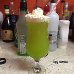Malibu Princess Cocktail - For more delicious recipes and drinks, visit us here: www.tipsybartender.com