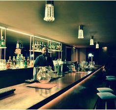 El Salvador 4947 – Palermo Contacto: 2051-5959 // Cel WhatsApp: 155-183-0317 Situado en una de las zonas mas elegantes y atractivas de Palermo, HOME Lounge Bar es unico en su estilo y exclusivo en su atencion solo para exigentes.
