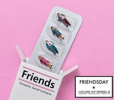 Today is friendsday! Met wie spendeer jij deze dag? Tag your friend! #friendsday #houseofrebels #bestfriends
