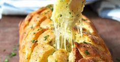 Il sera certainement l'élément clé de votre repas...Le pain à l'ail