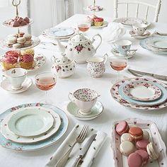 Polka Blue Tea for One by Royal Albert | Zanui