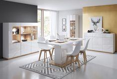 Białe meble podbijają nasze serca i wnętrza. Jak je zaaranżować zgodnie z najnowszymi trendami? Polecamy kolekcję FUTURA w oryginalnym wydaniu. #futura #scandinavian #scandinavianstyle #whitefurniture #homedecor #diningroomdecor #diningroom #jadalnia #dom #wnetrze #style #modernstyle #interiordesign #lenart
