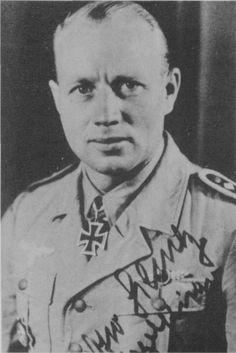 ✠ Otto Schulz (11 February 1911 – 17 June 1942) shot down and killed by RAF Kittyhawks near Sidi Rezegh. RK 22.02.1942 Oberfeldwebel Flugzeugführer i. d. II./JG 27