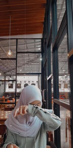 Mirror Selfie Aesthetic No Face _ Mirror Selfie - mirror selfie aesthetic no face / mirror selfie _ mirror selfie poses _ mirror self - Face Aesthetic, Korean Aesthetic, Aesthetic Girl, Aesthetic Photo, Aesthetic Fashion, Casual Hijab Outfit, Ootd Hijab, Hijab Chic, Girl Hijab