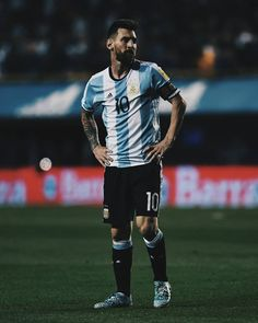 Watch Sevilla vs Barcelona by Highlights and goals on Dailymotion here Lionel Messi, Messi 10, Messi Argentina, Match Of The Day, Full Match, God Of Football, Football Players, Messi Soccer, Legitimate Online Jobs
