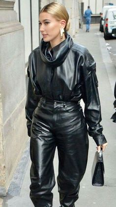 Hailey Bieber dons a Head to Toe black Leather Outfit#Skincare #Skin #ClearSkin #AntiAging #Collagen #HealthySkin #FaceMask #SkincareTips #SkinCareJunkie #SkincareJunkie #SkinTreatment #SkincareTips #SkincareRoutine #Acne