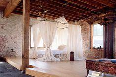 big minimalist romantic bedroom design