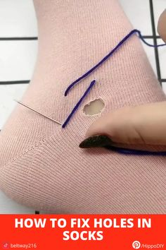 Simple trick to extend your socks' lives Sewing Hacks, Sewing Tutorials, Sewing Crafts, Sewing Stitches, Sewing Patterns, Embroidery Patterns, Sewing Clothes, Diy Clothes, Diy Fashion Hacks