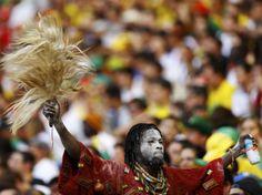 Adepto do Gana, no estádio Castelão, em Fortaleza  REUTERS  MARCELO DEL POZO