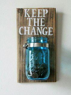 What a fabulous rustic addition to any home! Give this as a gift or keep it for yourself, or both! This Mason jar change organizer can be used anywhere in your home for added rustic decor. Cute for the laundry room! Diy Home Decor Rustic, Easy Home Decor, Cheap Home Decor, Room Decor Diy For Teens, Diy House Decor, Rustic Crafts, Diy Room Ideas, Diy Room Decor For Girls, Wood Room Ideas