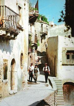 """Al Pacino, Angelo Infanti y Franco Citti en """"El Padrino"""" (The Godfather), 1972 The Godfather 1972, Godfather Movie, Godfather Series, Marlon Brando, Corleone Family, Don Corleone, Al Pacino, The Best Films, Great Movies"""