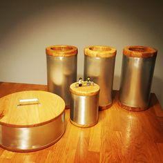 Zinc and wood box. By Brückin