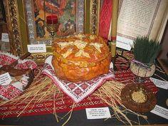 A Serbian Christmas Eve table always features a cesnica or bozicni kolac. - © Barbara Rolek