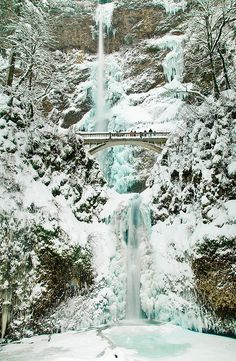 Multonomah Falls Ice and Snow, Oregon
