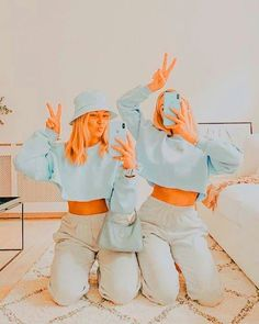 Cute Poses For Pictures, Bff Pictures, Best Friend Pictures, Friend Photos, Best Friend Goals, Girls Best Friend, Best Friends, Summer Aesthetic, Aesthetic Girl