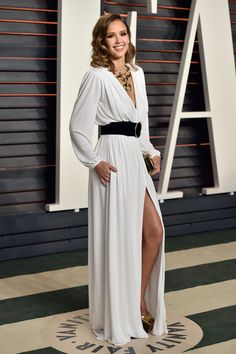 Jessica Alba wearing Roberto Cavalli at the 2016 Vanity Fair Oscar Party in Beverly Hills, CA Roberto Cavalli, Celebrity Red Carpet, Celebrity Style, Selena Gomez, Taylor Swift, Beverly Hills, Robes D'oscar, Jessica Alba Pictures, Graydon Carter